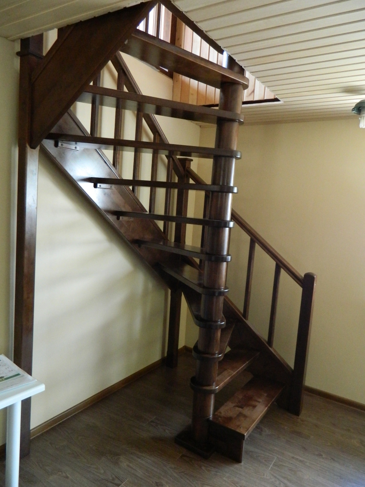 Лестница на второй этаж своими руками малогабаритная